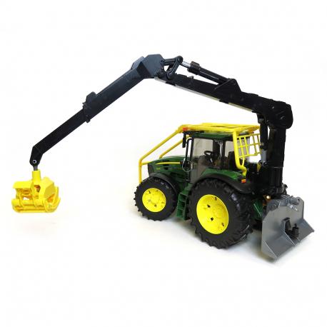 Traktor J D 7930 sa zadnjom kašikom
