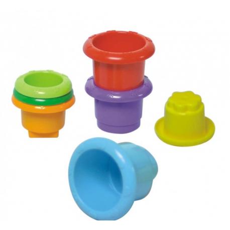 Plastične šoljice i gračka za bebe